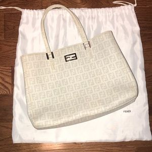 Handbags - Authentic Fendi Purse